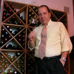 Sommelier Alejandro Herrera